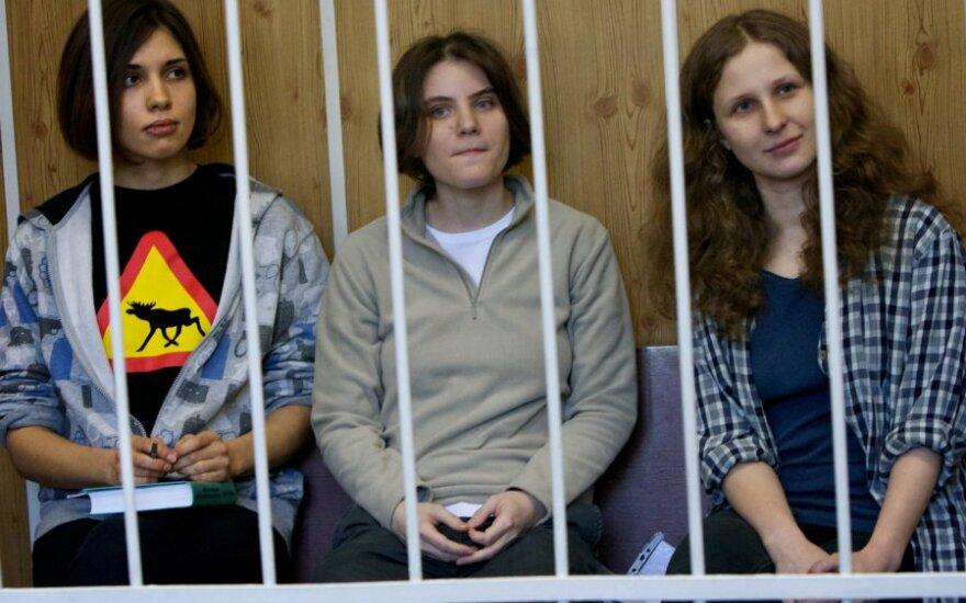 """""""Pussy Riot"""" merginos: Nadežda Tolokonikova, Marija Aliochina ir Jekaterina Samucevič"""