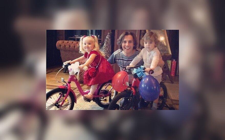 ФОТО: Алла Пугачева и Максим Галкин отметили трехлетие близнецов Гарри и Лизы