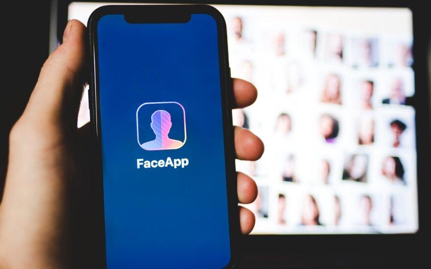 Власти Германии предупредили о рисках использования FaceApp