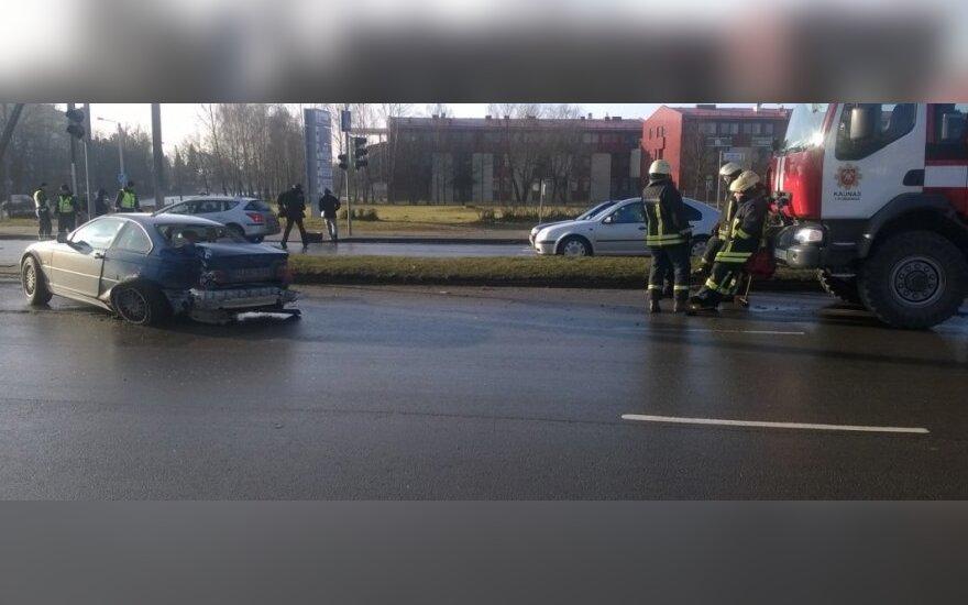 В Каунасе в аварию попал автомобиль скорой помощи