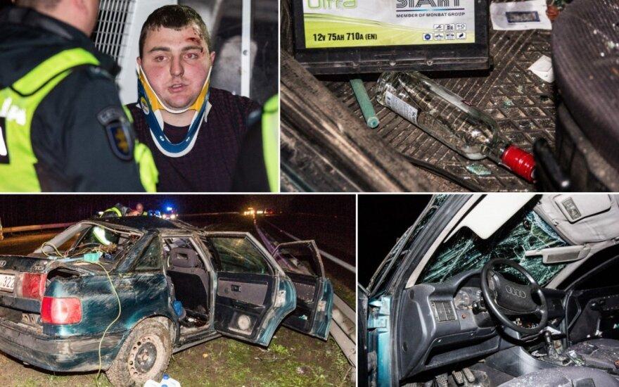 На магистрали около Григишкес перевернулся пьяный водитель на Audi