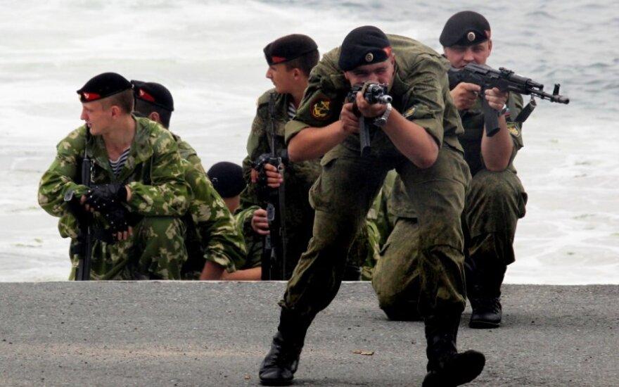 Контрактников в российской армии впервые стало больше, чем призывников