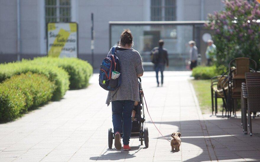 Предложенная зарплата у матери двоих детей вызвала шок: разве это нормально?