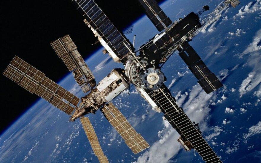 """Rusijos kosminė stotis """"Mir"""""""