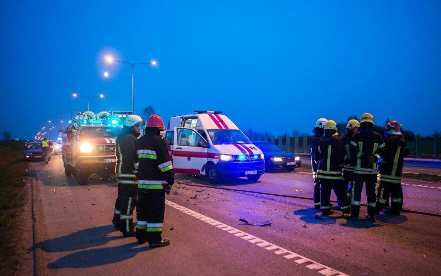 Серьезное ДТП в Таурагском районе: помощь врачей потребовалась трем пострадавшим