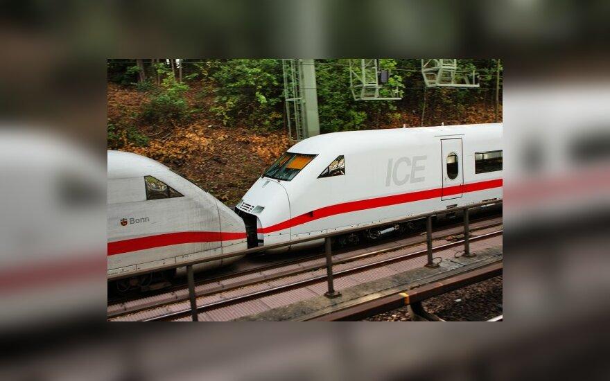 В Германии при столкновении поездов пострадали 52 человека