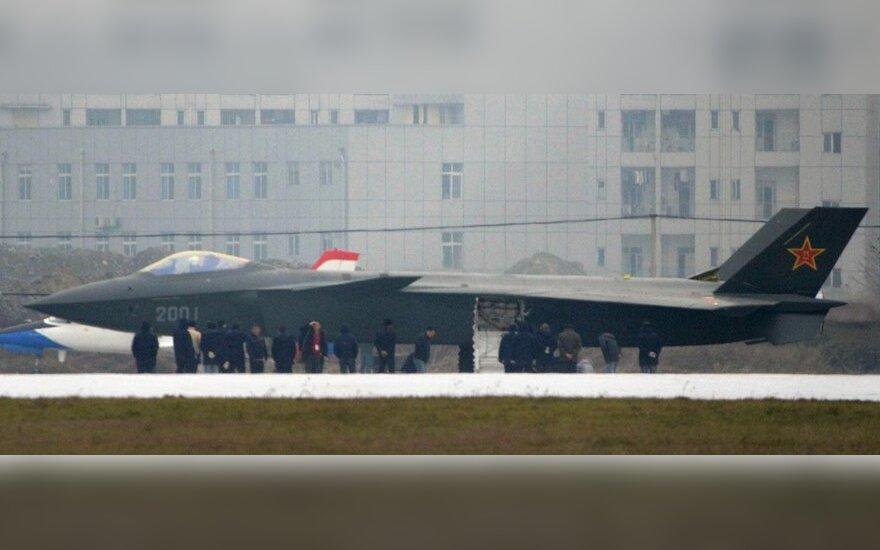 В Китае боевик с Томом Крузом выдали за военные учения
