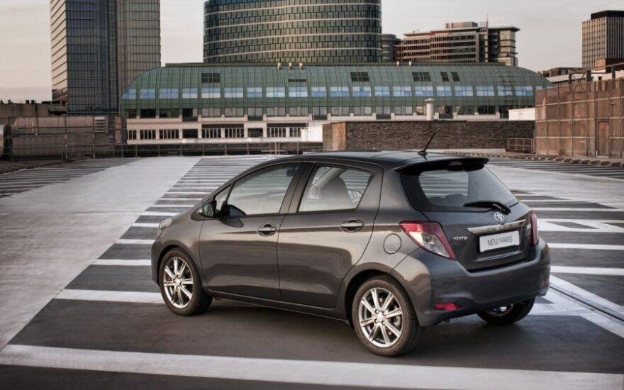 Тест-драйв Toyota Yaris: смышленый малый