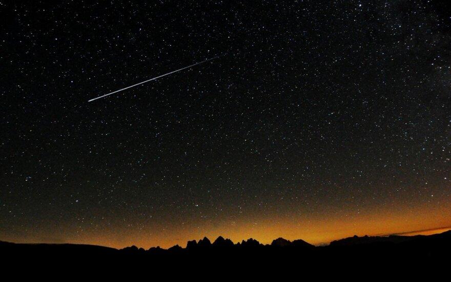 Погода: ночь понедельника - лучшее время, чтобы посмотреть на падающие звезды