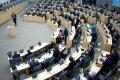 Lithuanian parliament starts debating law amendments on conscription