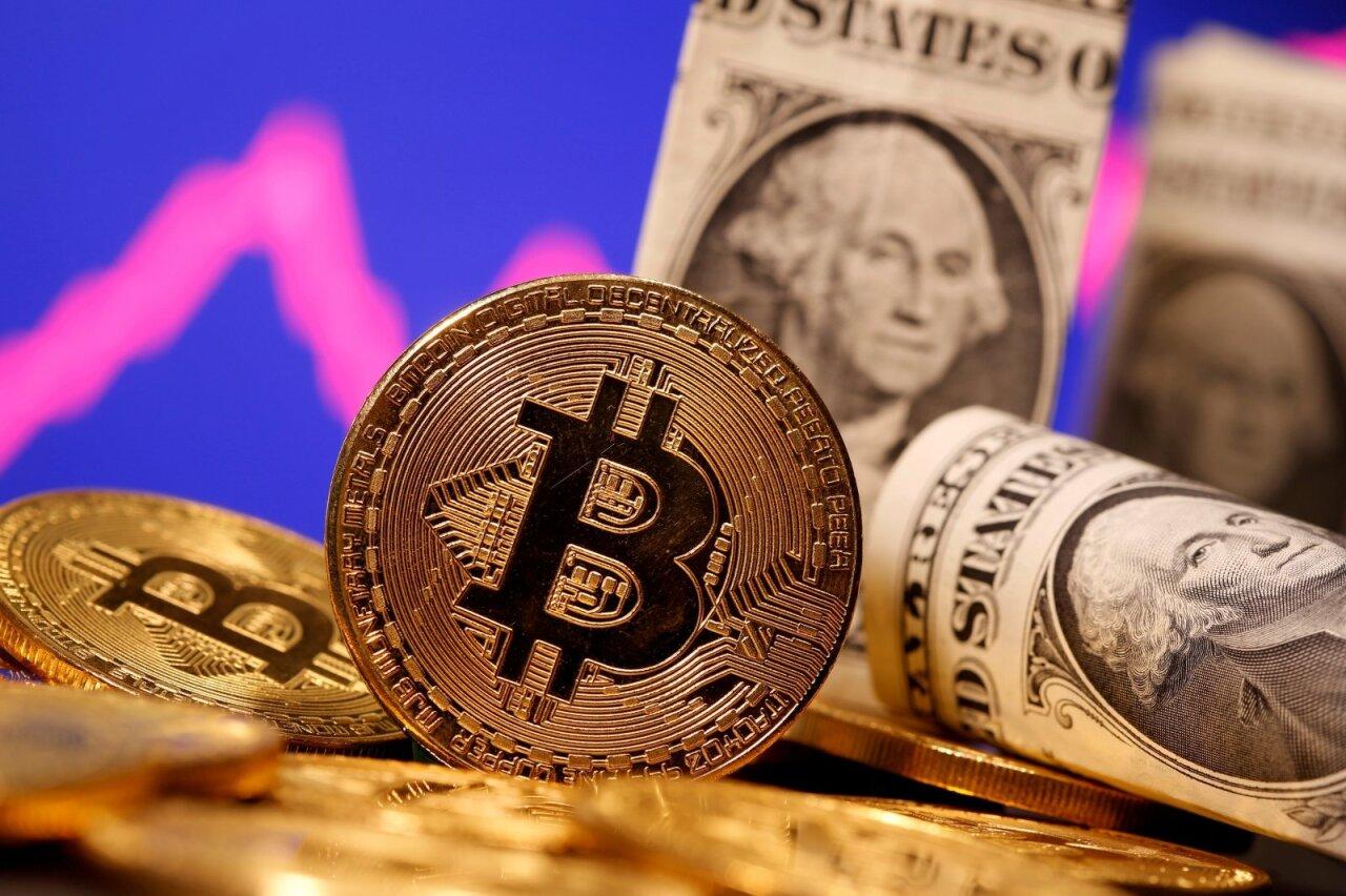 Kaip Bitcoin tapo klasikine JAV ir Kinijos prekybos karo gyvatvore