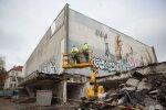 Pradėtas griauti istorinis Vilniaus kino teatras, sukėlęs daugybę aistrų