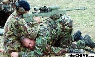Ar tikrai mums reikia šauktinių kariuomenės?