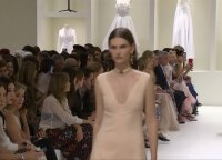 """""""Dior"""" kolekcija praskleidė aukštosios mados užkulisių šydą"""
