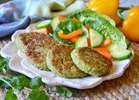 Kai norisi sočiai pavalgyti, bet neapsunkti: brokolių ir sūrio kepsneliai