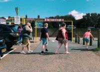Lietuvių emigrantų miestai Anglijoje išsiskiria vienu ypatingu bruožu: čia vyksta išskirtinės puotos