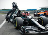 F-1 kvalifikacijoje – Botto pergalė ir visus nustebinusio Hulkenbergo vieta