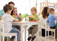 Darželinukus Varėnoje mokantis vyras stebisi vaikų atvirumu: tai – smagiausia darbo dalis