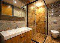 Nepasiteisinę sprendimai vonios kambaryje, kuriems neverta švaistyti pinigų