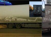 Menininkas purvinus automobilius naudoja vietoj piešimo drobės: nors tai vadinama vandalizmu, jis susiduria tik su vienu sunkumu