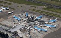 Škotijoje pakilti besiruošiančio KLM lėktuvo pilotą ištiko širdies smūgis