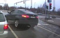 """""""Baudos kvitas"""": BMW X6 sankryžos įveikimo ypatumai"""