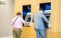 "DNB ir ""Nordea"" ramina klientus dėl bankomatų"