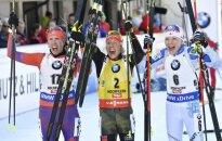 Viduryje – nugalėtoja Laura Dahlmeier, kairėje amerikietė Susan Dunklee, dešinėje - suomė Kaisa Makarainen.