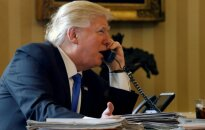 D. Trumpas telefonu kalbasi su V. Putinu