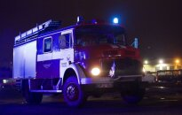 Kaune bute kilo gaisras: medikai gaivina du žmones