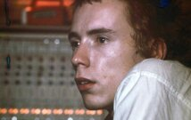Sex Pistols vokalistas Johnas Lydonas. 1977 m.