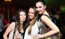 Būriai gražuolių nėrė į Vilniaus naktinio gyvenimo linksmybes