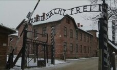 120s: Remembering Auschwitz and destroyed separatist aviation