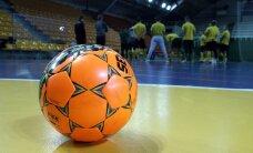 Aršus Kauno derbis: futbolininkai užpuolė teisėją – rungtynės nutrauktos