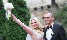 Netradicinėje vietoje ištekėjo S. Jasevičiūtė: žvaigždė pasirinko vyro pavardę