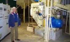 Pieno ūkį keičia į šiaudų granulių gamybą