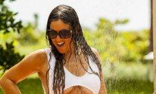 Italų gražuolė sugrįžo į Majamį: paplūdimį užliejo seksualumo banga