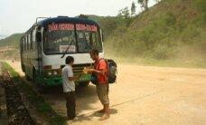 Pamokanti lietuvių istorija: ką daryti, kai Vietname jus ima persekioti... autobusas
