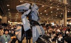 Japonai priėmė amerikiečių iššūkį: gigantiški robotai jau ruošiasi dvikovai