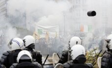 Briuselyje verda aršūs ES žemdirbių protestai