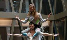 Milana Jašinskytė ir Mindaugas Rainys demonstruoja meilės pratimus