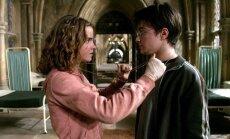 """""""Haris Poteris ir Azkabano mokinys"""" (2004)"""