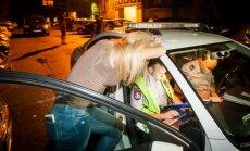 Vilniuje girta paauglė apdaužė automobilius: norėjau perstatyt mašiną
