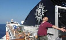 G. Drukteinio nuotykiai kruiziniame laive: kapitonas-Kazanova, riebios žuvėdros ir spalvinga įgula