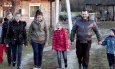 V.Kilijonas su vaikais. BTV laidos Išgyvenk, jei gali stopkadras.