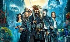 Filmo Karibų piratai: Salazaro kerštas reklaminis plakatas