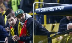 Futbolo gerbėjai Dortmundo stadione