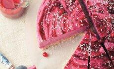 Nekeptas pyragas su spanguolėmis