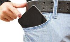 Kišenėje netelpantis telefonas - vis dažniau prisimenama problema