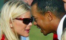 Tigeris Woodsas su žmona Elin Nordegren